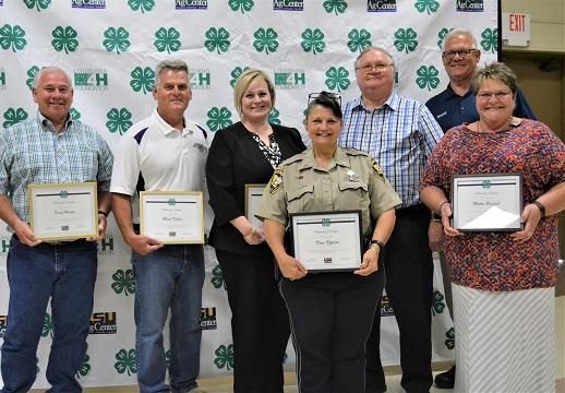 Sheriff and D.A.R.E. Officers recognized at 4-H Awards Banquet NEWSLETTER READY.jpg